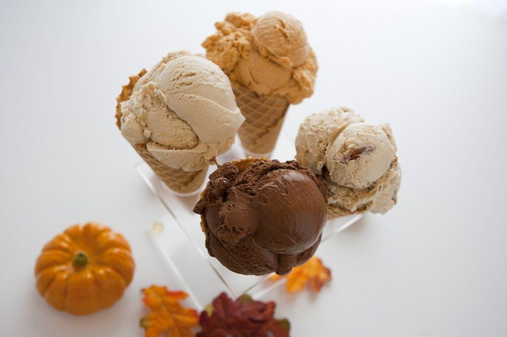 lody domowe waniliowe i czekoladowe