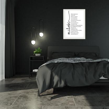 plakat dla zakochanych z napisem miłość wyjątkowa ozdoba ścian sypialni