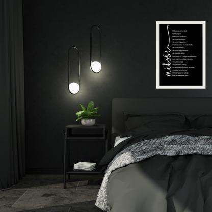 plakat dla zakochanych z treścią pieśni o miłości do powieszenia na ścianie w sypialni