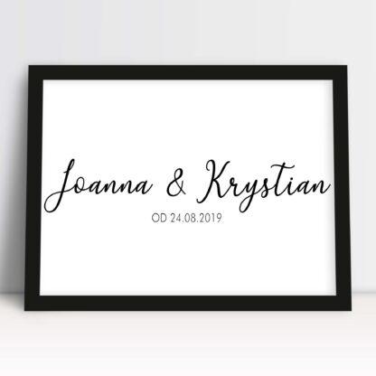 Romantyczny prezent dla niej na rocznicę z imionami i ważną dla zakochanych datą